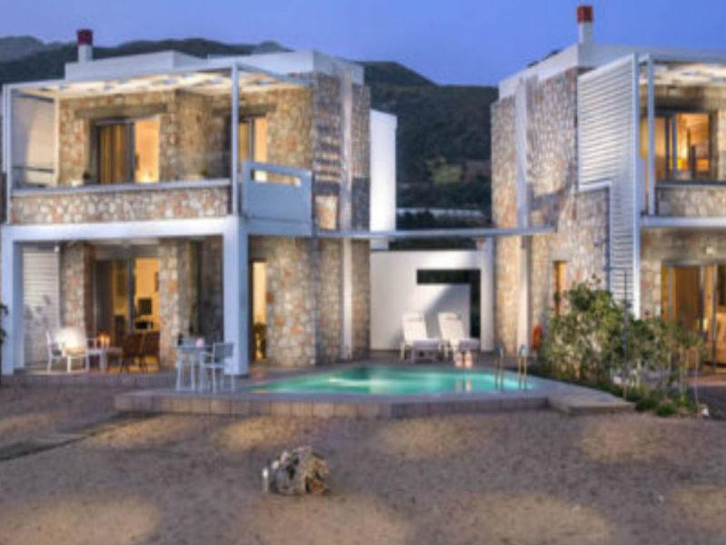 Трех-комплексный отель из камня в Палёхоре
