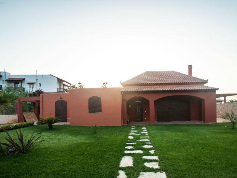 Ισόγεια Κατοικία σε στυλ Μεξικάνικης Χασιέντα