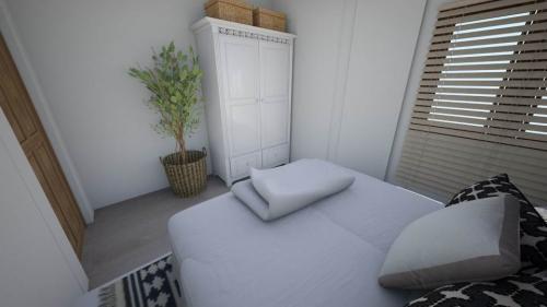 rooms_13057978_bed-bedroom (2)